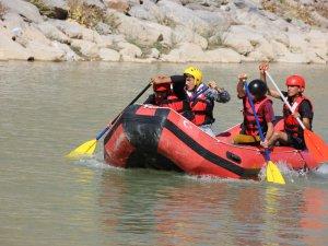 Raftingçiler Zap'ta şampiyonluk için hazırlanıyor