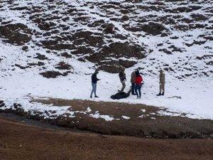 3 kaçak göçmen donarak öldü
