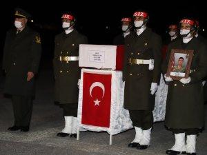 Şehit Güler için Hakkari'de tören düzenlendi