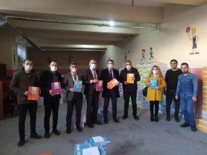 Her Ev Bir Okul Projesi'ne Kitap Desteği