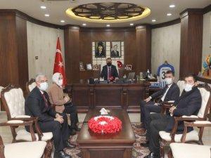 Başkan Piruzbeyoğlun'dan Vali Akbıyık'a ziyaret