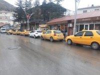 Çukurca'da ilk taksi durağı hizmete açıldı
