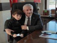 4 Yaşındaki Akdoğan Kuran-ı Kerim'i Hatim Etti