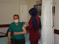 Başkan Tahir Saklı, Covid-19 aşısı oldu