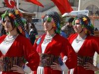 Newroz Piroz Be-Nevruz kutlu olsun