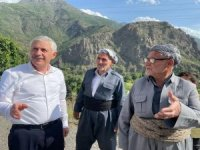Başkan Özbek, Şemdinli'de ziyaretlerde bulundu