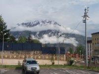 Sümbül dağı zirvesine kar yağdı
