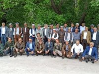 Başkan Özbek, sınırda devlet erkânını aradı