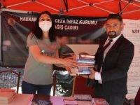 Başkan Arslan'dan mahkumlar için kitap bağışı