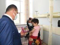 Vali Akbıyık, hastaların bayramını kutladı