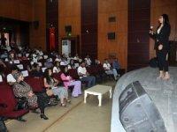 Girişimci kadınlardan 'Kariyer ve İş' semineri