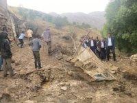 Ak Parti teşkilatı Esendere sel bölgesinde
