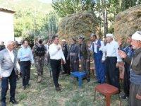 Vali Akbıyık sınır köylerini ziyaret etti