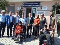 Ak Partili Başkan Özbek engellileri sevindirdi