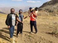 Yüksekovalı dağcılardan örnek davranış