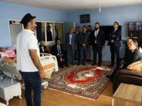 Erbakan'dan Mukaddes Akar'a ziyaret