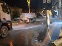 Belediye ekipleri kent merkezine dezenfekte etti