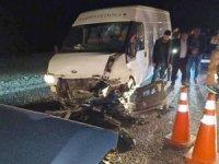 Başkale'de araçlar çarpıştı: 4 yaralı