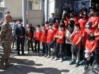 Emniyet Müdürlüğü 40 öğrenciyi Ankara'ya gönderdi