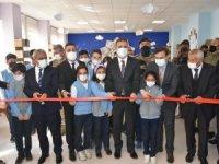 Kütüphanesiz Okul Kalmasın Projesi'nin startı verildi