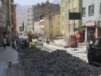 Hakkari'deki caddeler onarılıyor
