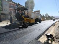 Dağlıca yolunda asfaltlanma çalışması