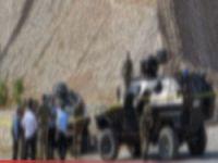 Askeri araç devrildi 1 ölü 2 yaralı