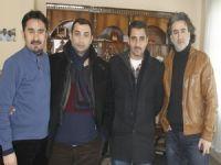 İstanbul'lu iş adamı Hakkarihabertv'yi ziyaret etti