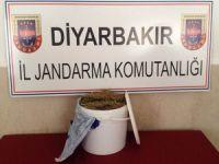Diyarbakır'da 9 kilogram esrar ele geçirildi