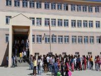 Okulların açılışı ertelenecek mi?