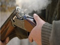 Av tüfeği yine can aldı