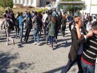 Mersin Üniversitesi'ndeki yürüyüşe polis müdahalesi