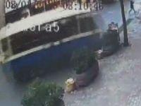 Sarıyer'deki minibüs kazası kamerada