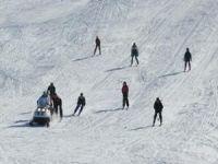 Hakkari'de bayılan kayakçı kurtarıldı