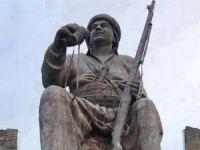 Mele Mustafa Barzani'nin heykeli Hindistan'da