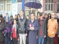 Hakkari'de Halepçe katliamı protesto edildi