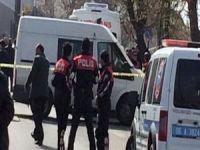 Erkek polis kadın polisi vurdu