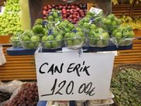 Van'da 100 gram erik 120 TL'den satılıyor