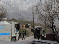 Yüksekova'da 3 kişi tutuklandı