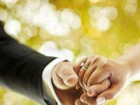 Diyanet'ten nişan ve evlilik uyarısı