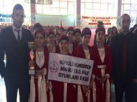 Hakkarili öğrenciler Kahramanmaraş'a hareket etti