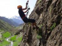 Hakkari'de sezonun ilk tırmanışı yapıldı