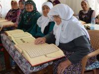 85 yaşında Kur'an-ı Kerim öğrendi