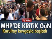 MHP Tüzük Kurultayında delegeler arasında sıra kavgası