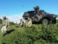 Çukurca'da çatışma sürüyor 2 şehit 5 yaralı