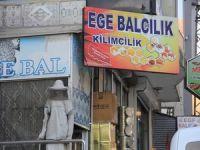 Baba bana bal al-Al kızım sana Ege bal