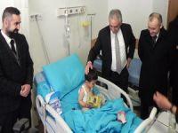 Vali Toprak Çukurca'yı ziyaret etti