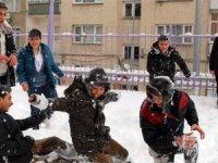 Türkiye'de bir çok ilde okullar tatil edildi!