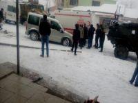 Çukurca'da iki ayrı trafik kazası meydana geldi!
