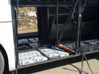 2 ayrı yolcu otobüsünde kaçak sigara ele geçirildi